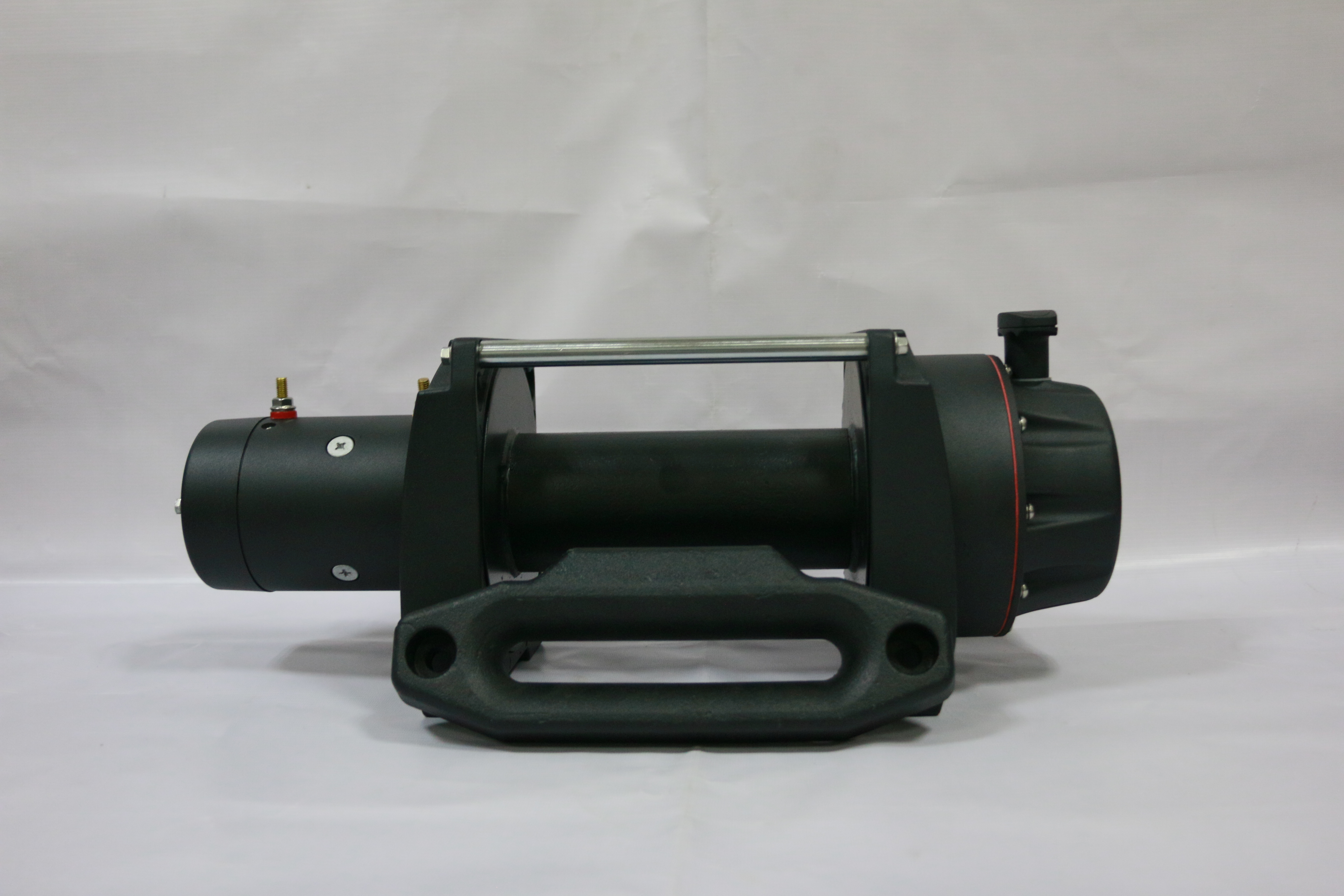 12V/24V NEW heavy duty winch 20000lbs with die-casting iron fairlead